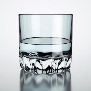 Verre et liquide: un rendu de base
